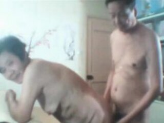 Відэа з grandmother-porn.com
